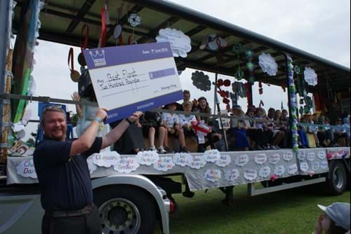 Woodley Carnival Best Float Big Cheque From Storage King
